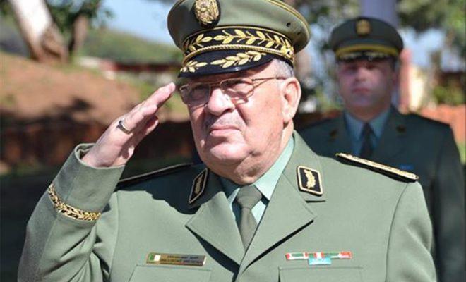 القايد صالح 1 - الجيش الجزائري يخرج عن صمته ويحذر من عودة عصر إراقة الدماء !!