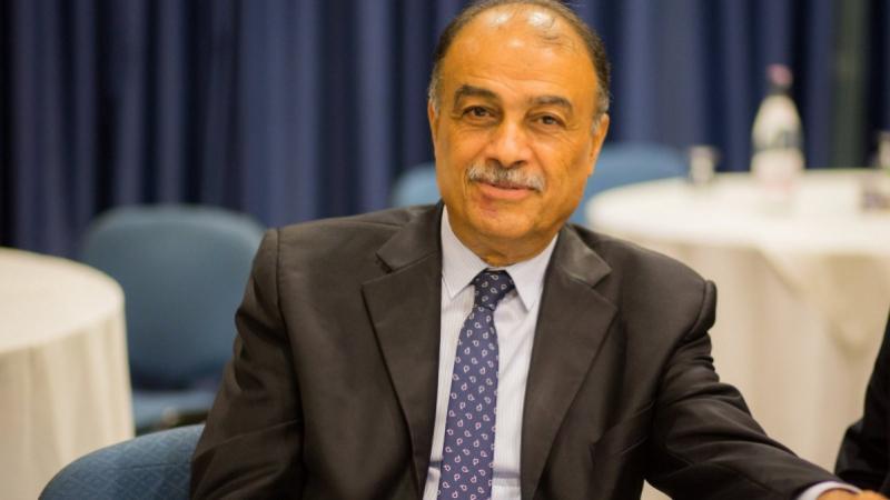 وزير الصحة التونسي المستقيل عبد الرؤوف الشريف