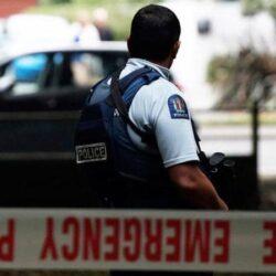 مجزرة بشعة في حق 49 مسلما في نيوزيلندا والمجرم يصور الوقائع كاملة !!