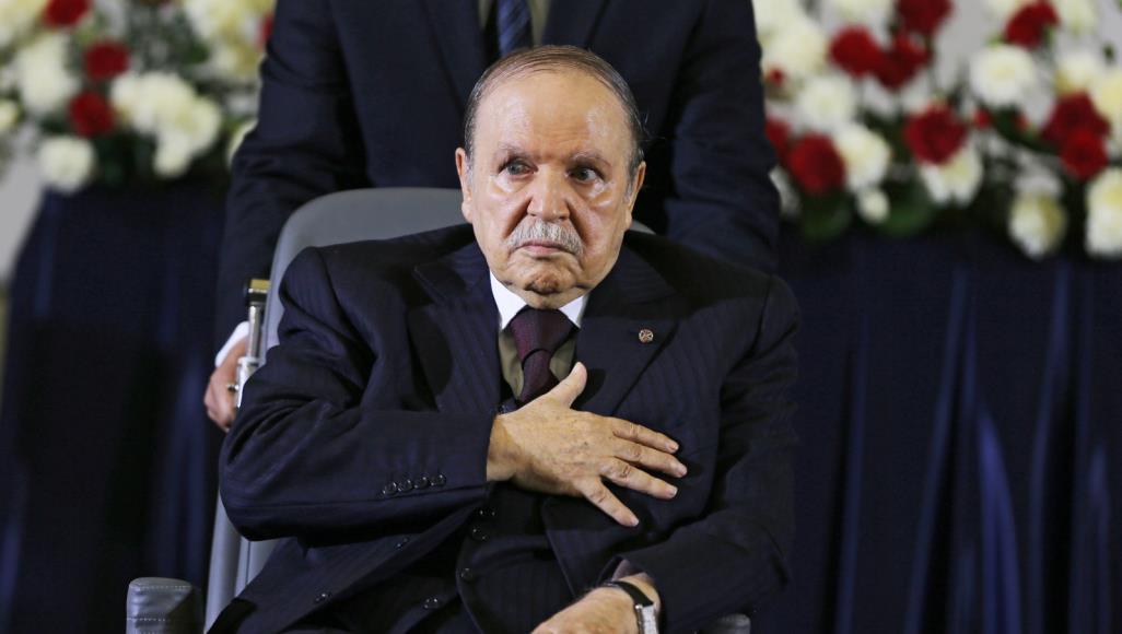 580 1 - بوتفليقة يعود إلى الجزائر وسط تضارب الأخبار حول صحته