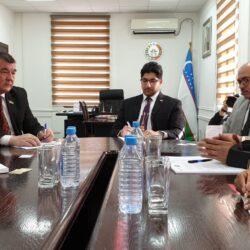 قنصل الكويت في أربيل يؤكد توزيع 30 طنا من المواد الغذائية على العائلات في حلبجة