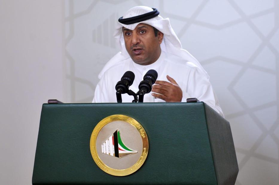 بدر الملا 1 - الملا: نطالب بالتعهد خلال الجلسة الخاصة من رئيس الوزراء بتحديد موعد صرف مكافآت الصفوف الأمامية