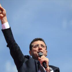 السيسي يطالب موكب عالمي خلال نقل المومياوات الملكية لمدينة الفسطاط