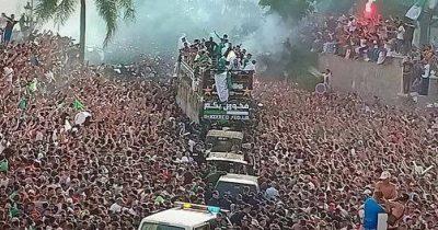 FB IMG 1563647957879 400x210 - صور خاصة: استقبال غير عادي للمنتخب الجزائري بعد عودته باللقب