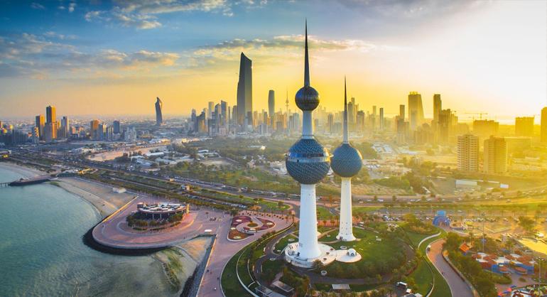 الكويت 02 1 1 - الأرصاد الكويتية: استمرار سيطرة الفترات الرطبة وتكاثر الغيوم حتى 29 سبتمبر