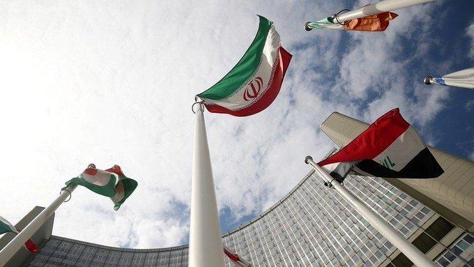 ECKGIipWsAADK7p - بعد تخطيها مخزون اليورانيوم المخصب.. إيران تهدد بالمزيد من أجهزة الطرد المركزي