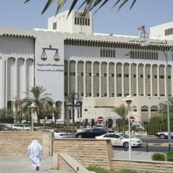 محمد الدلال يطالب بالقبول الغير مشروط للبدون في المدارس الحكومية