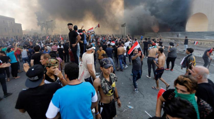 271 - فيديو.. الصحة العراقية تعلن مصرع شخص واحد خلال احتجاجات وسط بغداد