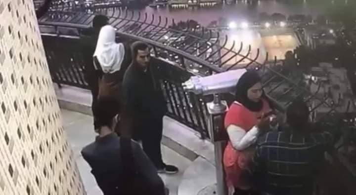 7539 - صور.. انتحار طالب هندسة مصري من أعلى برج القاهرة