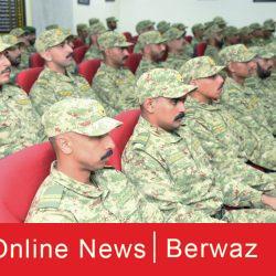 وزير الدفاع الكويتي يقوم بزيارة قاعدة محمد الأحمد البحرية