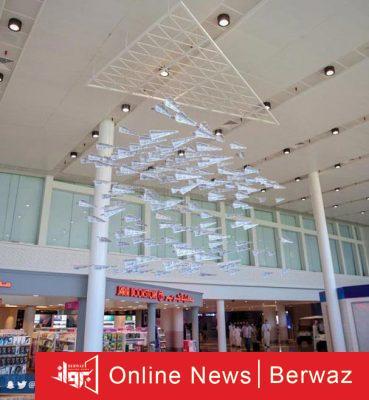 الطائرات الورقية 2 369x400 - توديع المسافرين فى مطار السعودية بالطائرات الورقية