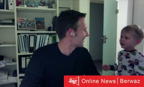 Trivago 2 - ابن رئيس شركة تريفاجو يقتحم مقابلته مع CNN من أجل النوم