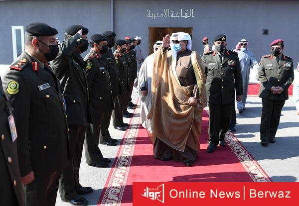 وزير الدفاع 1 - وزير الدفاع يشهد حفل تخرج طلبة ضباط كلية علي الصباح العسكرية