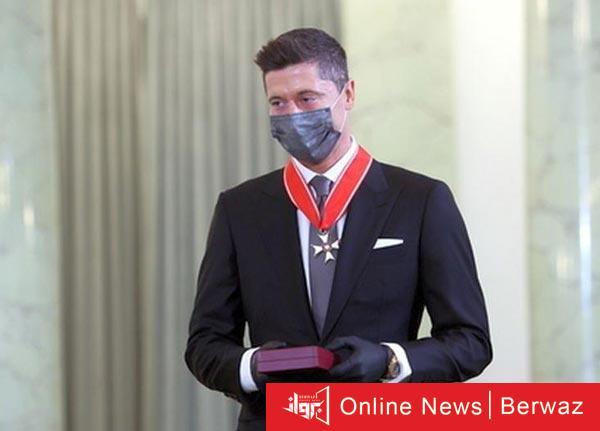 ليفاندوفسكي - ليفاندوفسكي يحصل على أعلى الأوسمة فى بلاده من الرئيس البولندي