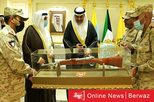 رئيس الوزراء يزور الجيش - سمو رئيس مجلس الوزراء يزور نادي ضباط الجيش الكويتى