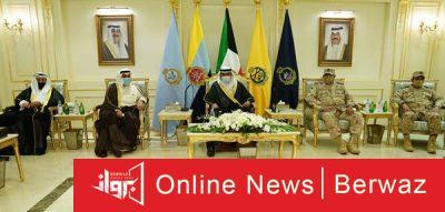 رئيس الوزراء يزور الجيش2 400x191 - سمو رئيس مجلس الوزراء يزور نادي ضباط الجيش الكويتى