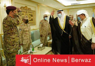 رئيس الوزراء يزور الجيش3 400x277 - سمو رئيس مجلس الوزراء يزور نادي ضباط الجيش الكويتى