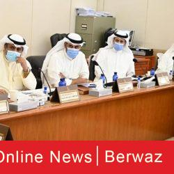اجتماع وزير الدفاع مع مسؤولي الإدارة العامة للطيران المدني