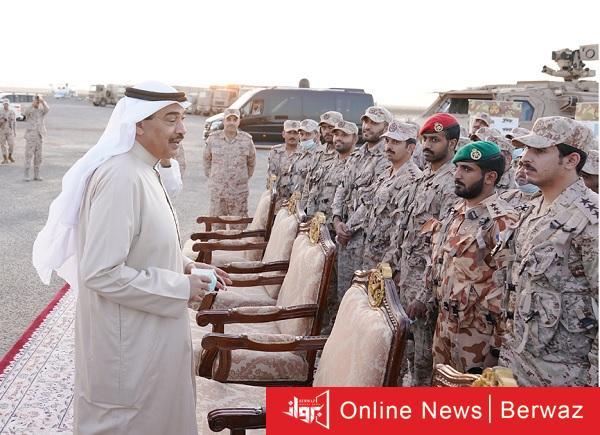 زيارة رئيس مجلس الوزراء القوة البرية2 - زيارة رئيس مجلس الوزراء إلى مقر القوة البرية الكويتية الشمالية