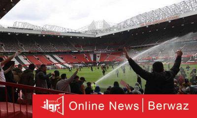 مانشستر وليفربول إقتحام الجماهير للملعب2 400x240 - تأجيل مباراة القمة بين مانشستر وليفربول بسبب إقتحام الجماهير للملعب