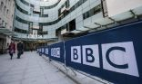 بي بي سي: نعتذر عن عن ربط علامة السبابة بالتحية الخاصة لـ«داعش»