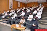 توزيع 54 موظف جديد من خريجي تخصص تكنولوجيا المصافي إلكترونيا بوظائف البترول الوطنية