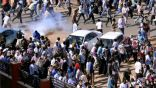 قتلى وجرحى في محاولة فض المظاهرات أمام مقر قيادة الجيش في الخرطوم