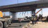 اصطدام آلية عسكرية بجسر في بنيدر يسفر عن خسائر مادية دون البشرية