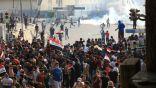 بالفيديو: أسد يصنع الحدث في مظاهرات العراق