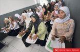 آلاف العاملات الفلبينيات في طريقهن للكويت