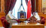 ولي عهد البحرين يؤكد على عمق العلاقات الأخوية مع الكويت