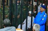 اليوم.. محاكمة رئيس دولة السودان السابق عن تهم الفساد والسرقة
