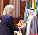 السفيرة الأمريكية في الكويت تدشن حسابها على تويتر